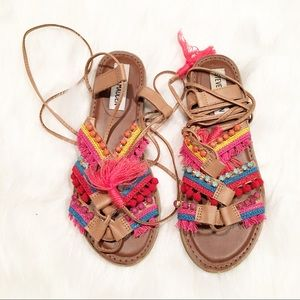 Steve Madden rainbow tassel tie up sandals 6